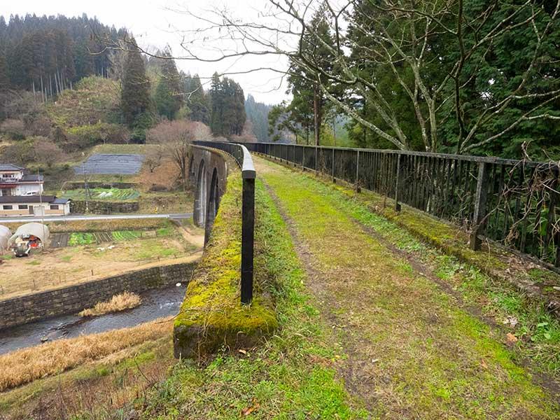 OGOK_31_Viaduct_path.jpg