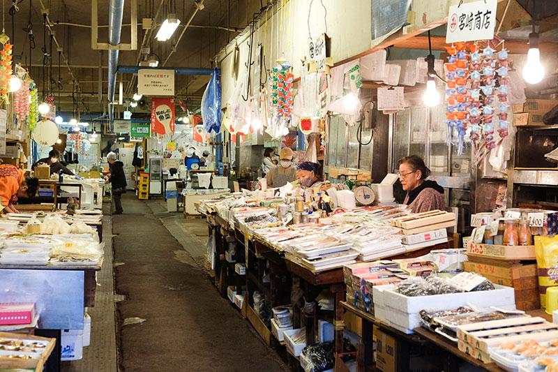 MCT_07_Hachinohe_market.jpg