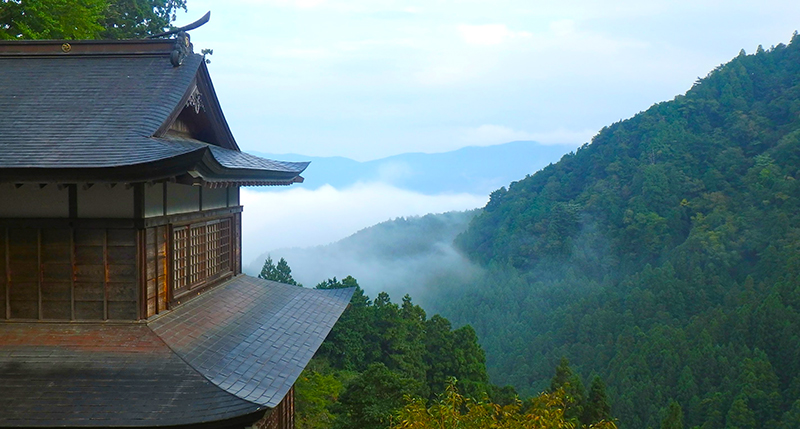 SGSTP_25_Temple_in_the-clouds.jpg