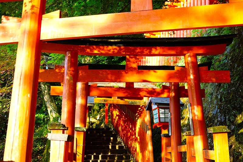 SQ_16_Tsuwano_shrine.jpg