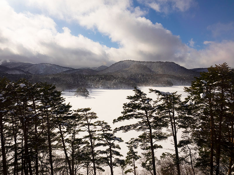 OGSA_33_Urabandai_Hibarako_lake.jpg