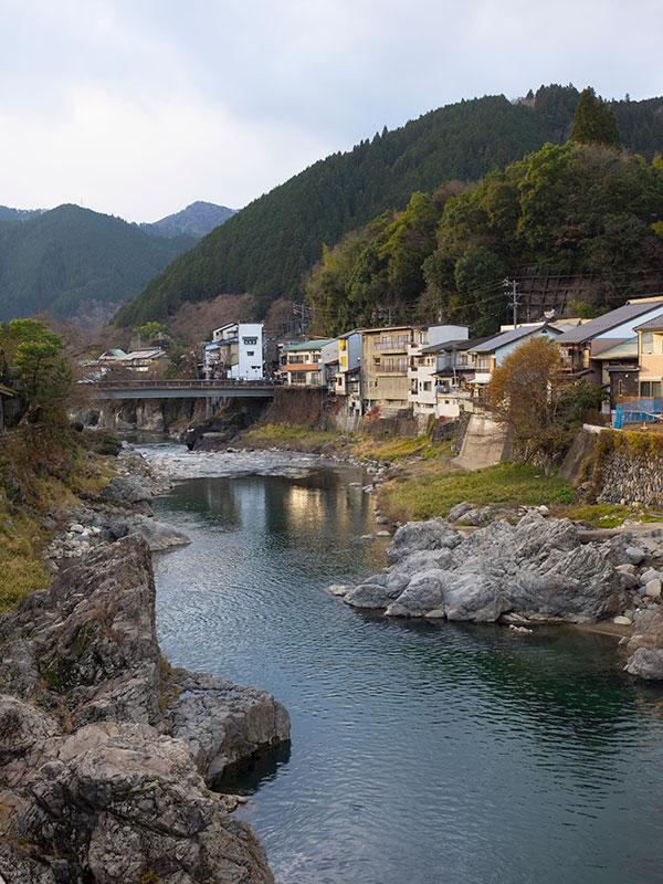 OGGN_07_Gujo_river.jpg