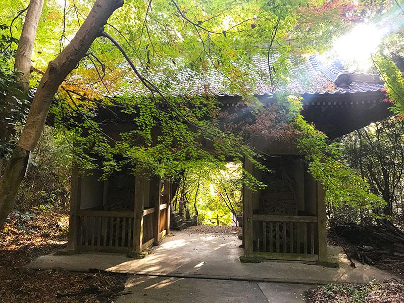 SGSTP_13_temple_gateway.jpg