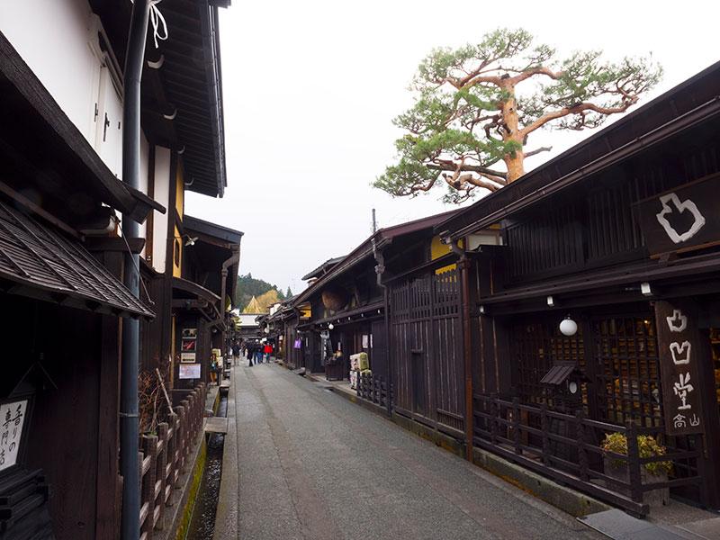 OGGN_25_Takayama_street.jpg