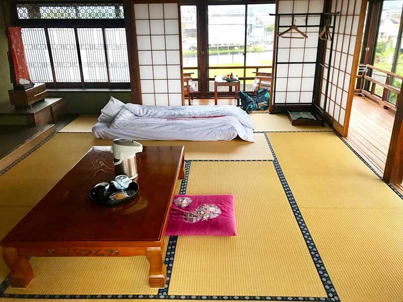 SGKT_10_Yachiyokan_room.jpg