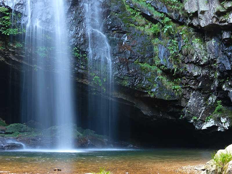 SQ_25_Oku_Izumo_waterfall.jpg